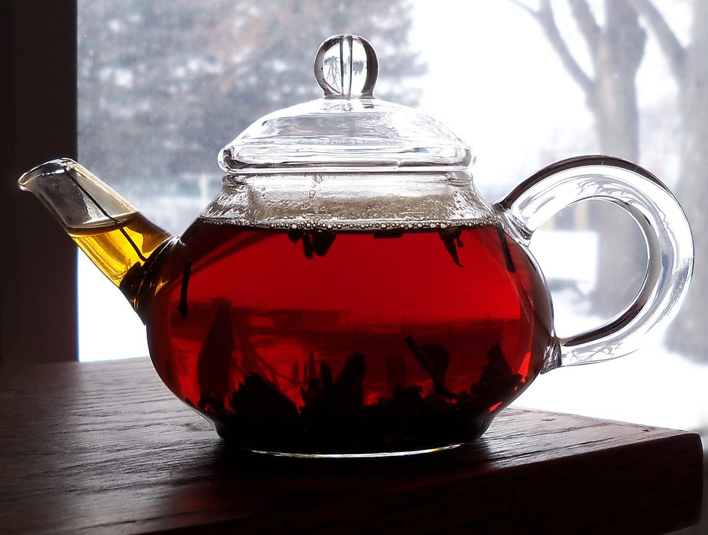 Black Tea in see through tea kettle
